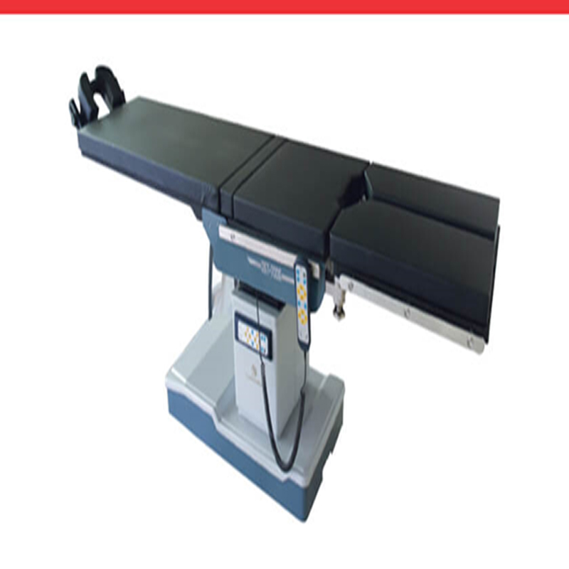 OPERATING TABLE DST 700G